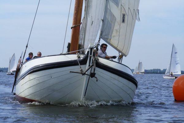 Bootverhuur Tjalk Friesland